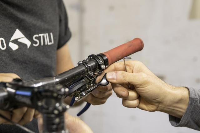 settaggio remoto ammortizzatore | corso ciclomeccanica