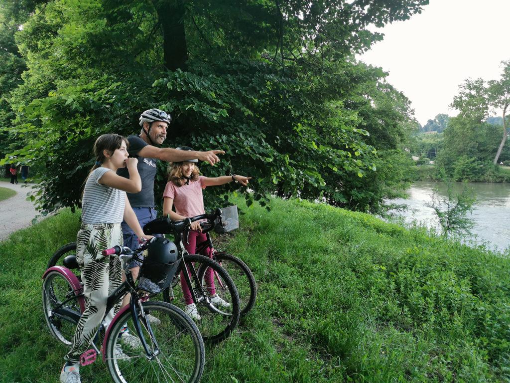 estate ragazzi in bicicletta con Ciclostili Torino